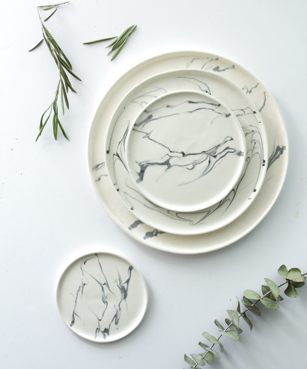 Eliana Marbled Dinnerware