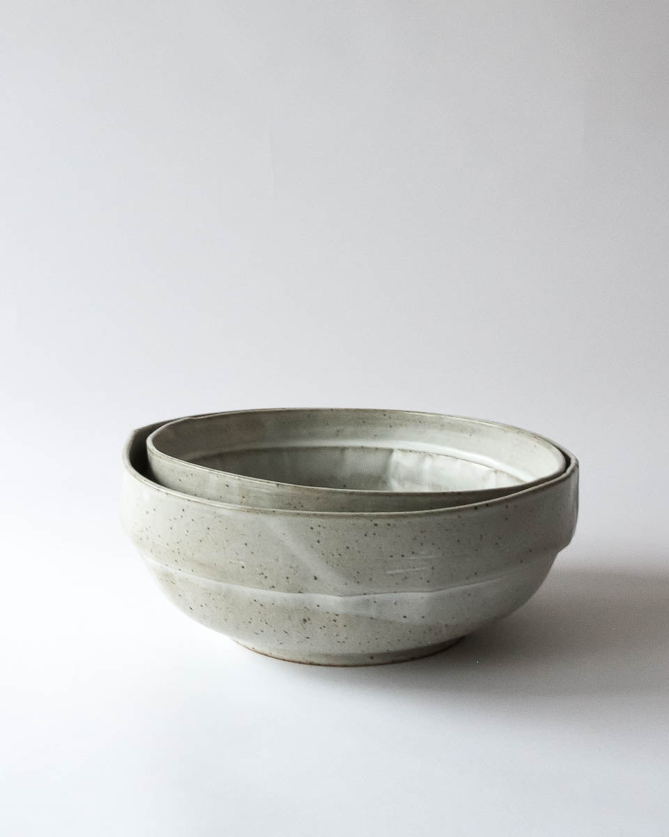 Stoneware Bowl in Satin White