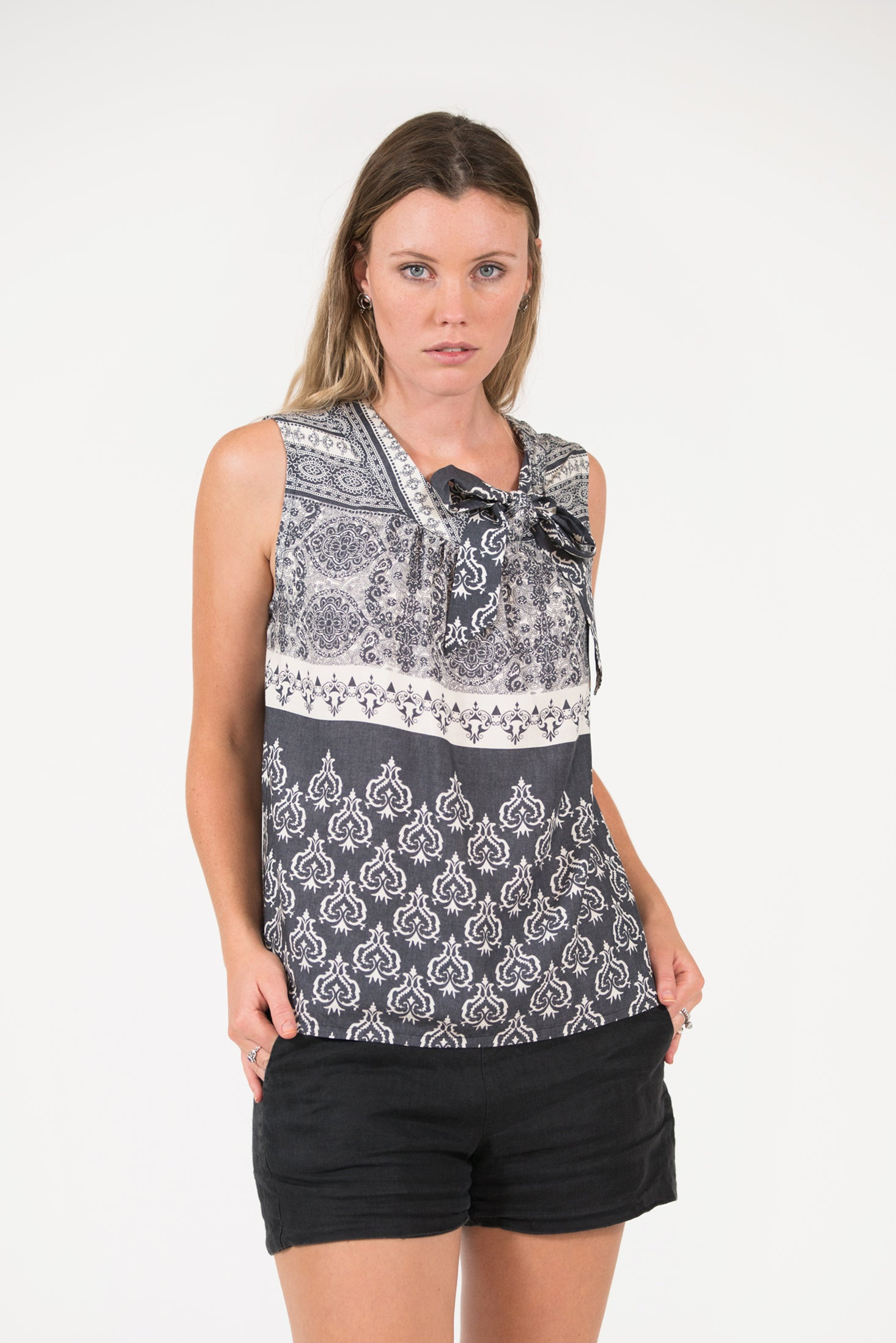 Greyscale heart printed Bowline sleeveless top with tie at neck