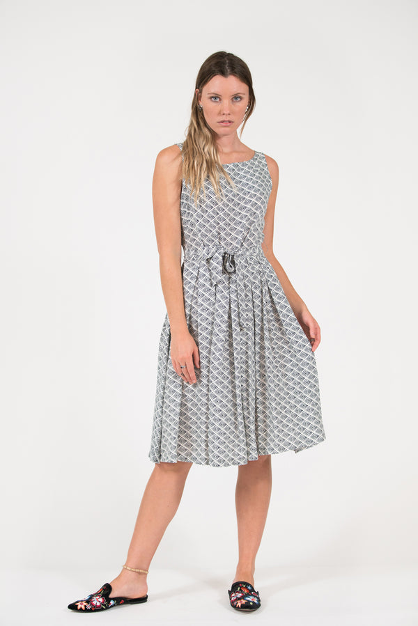 Isabella fit and flare dress off-white diamong print pleated skirt
