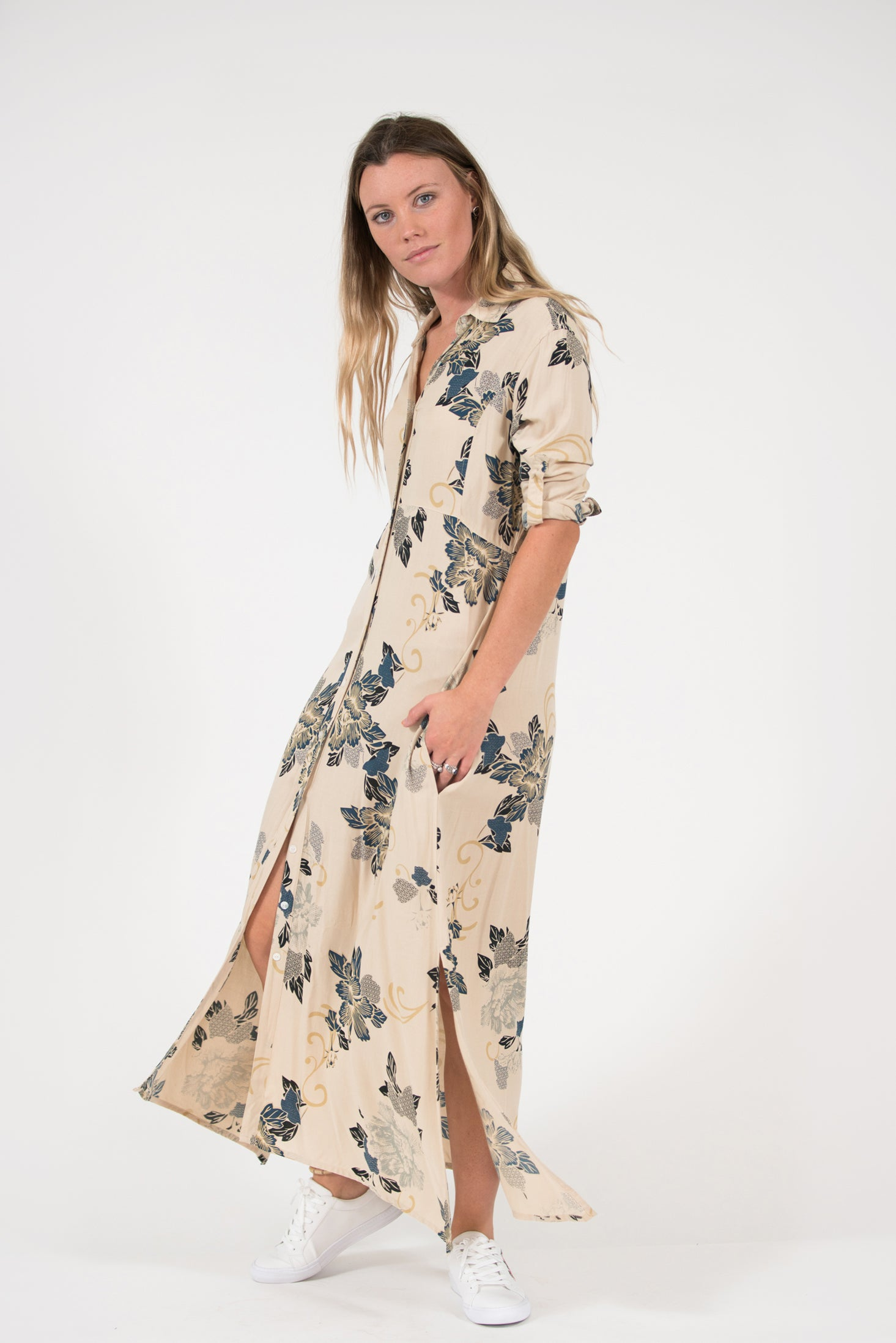 long sleeve button up collar George Dress printed