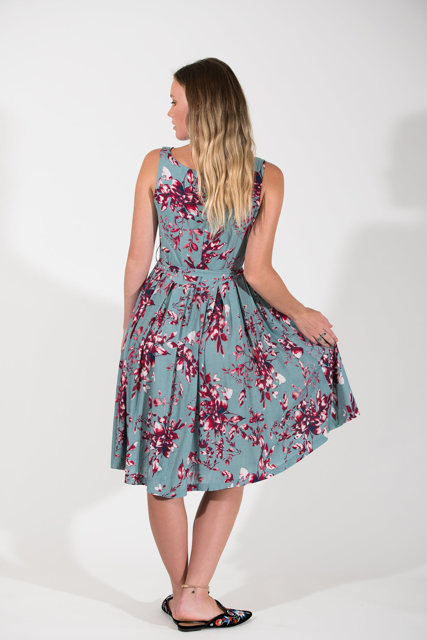 Isabella Dress - Burgundy Dahlia