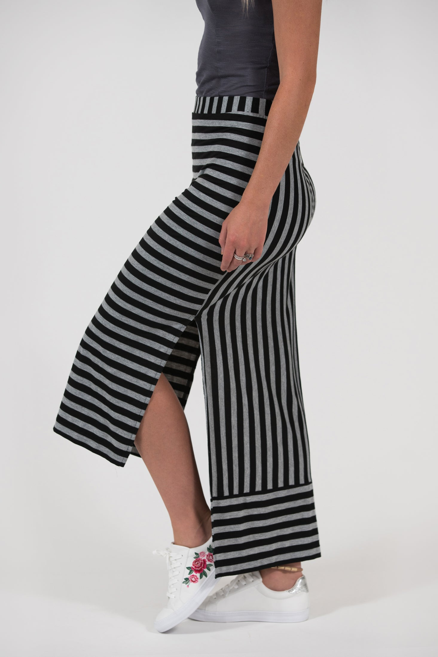stretch knit striped skirt Largo