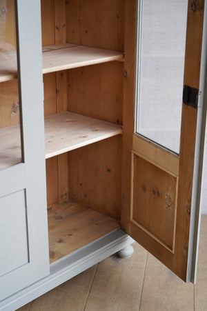 Light Grey Cabinet