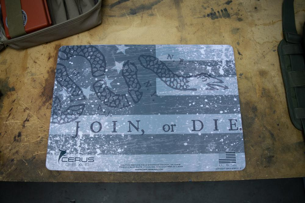 JOIN OR DIE COLONIAL SNAKE 13 GUN CLEANING BENCH MAT