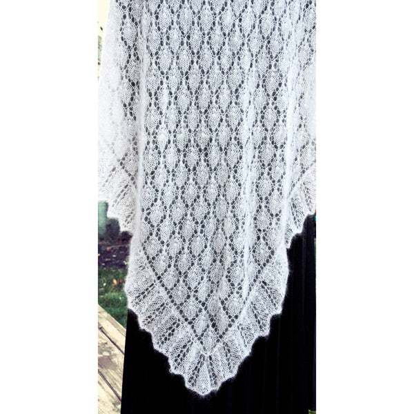 Lace Shawl with Leaf Pattern