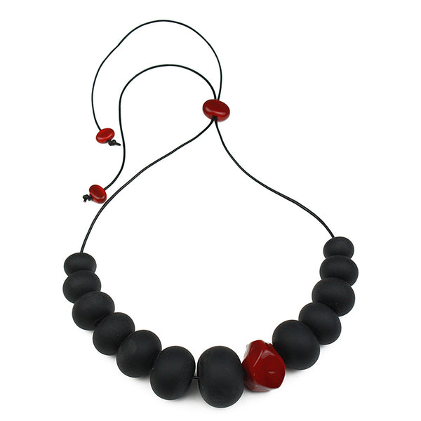 Bubble and nugget necklace -black and red