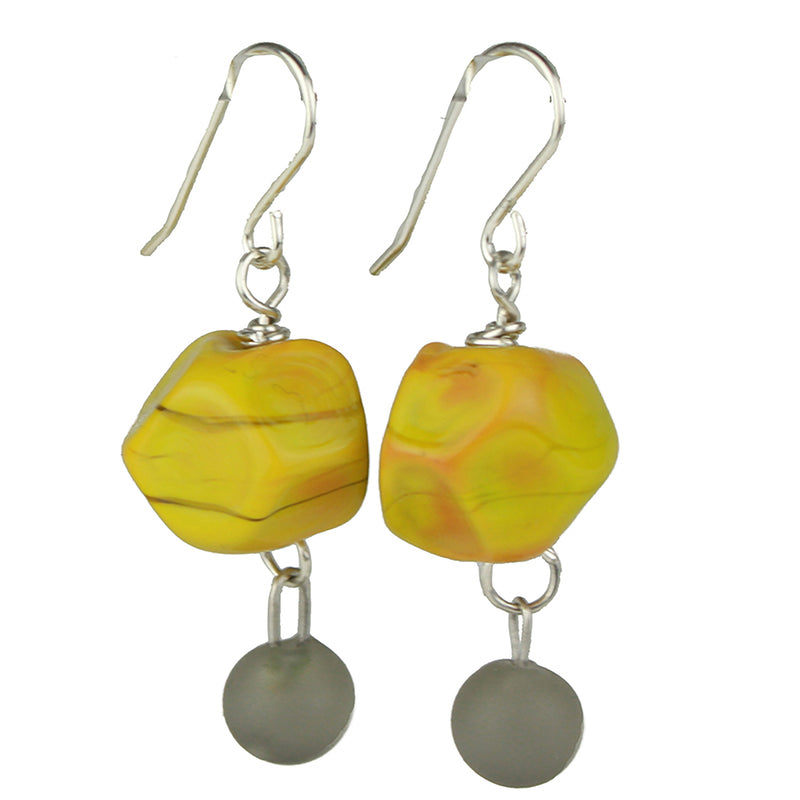 Nugget and charm earrings - ochre yellow and gray