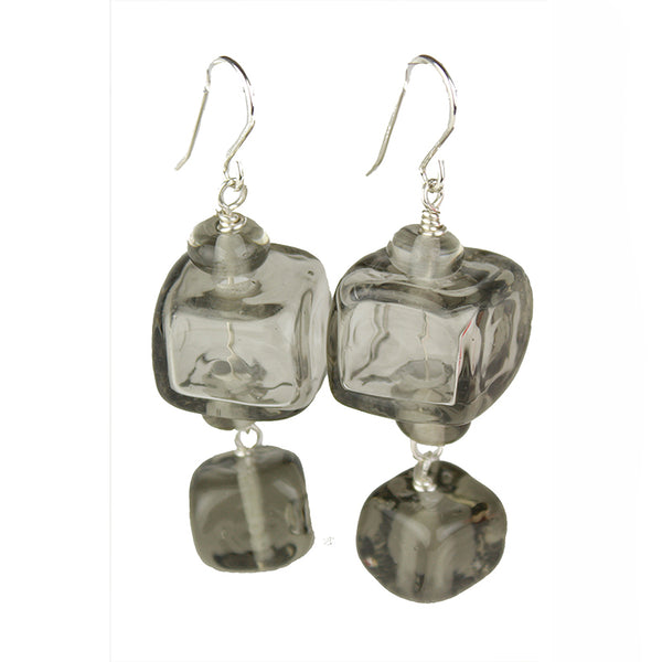 Cube earrings - gray