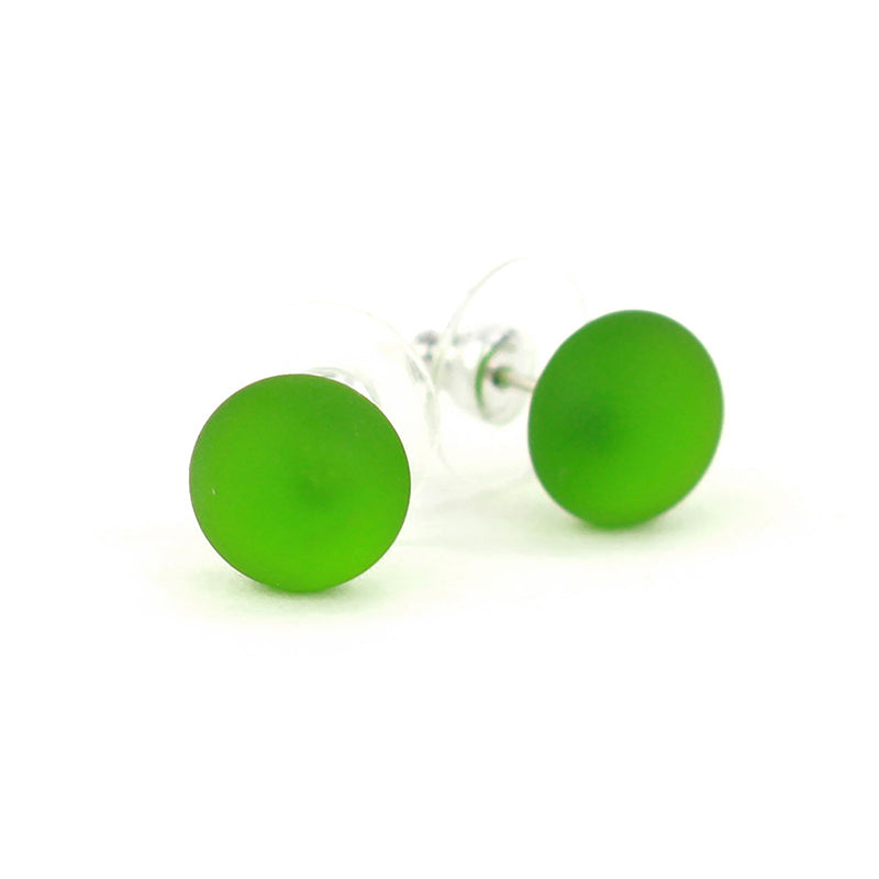 Small studs -spring green