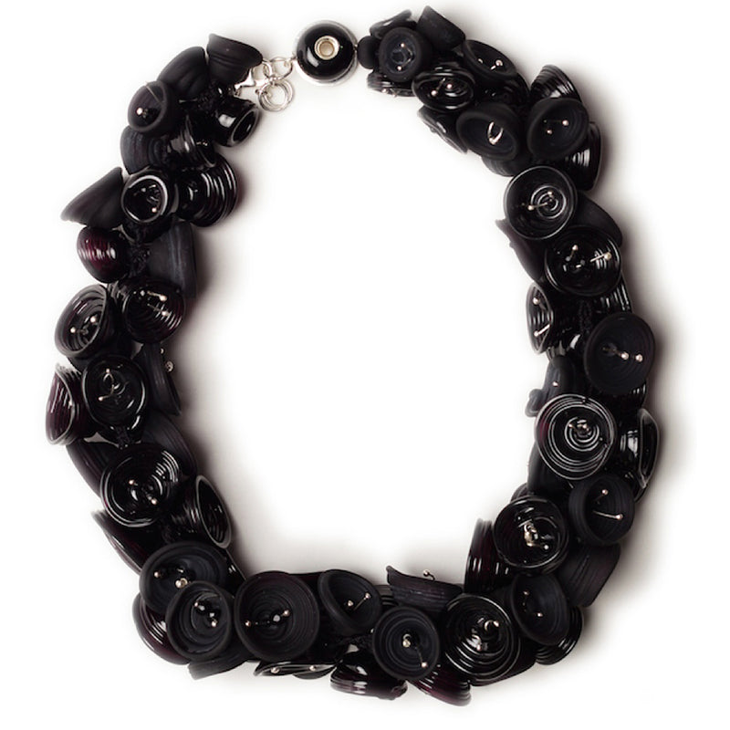 Pod necklace - black