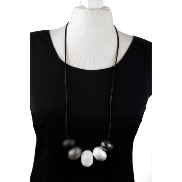 5 bubble bead necklace - black, white and gray
