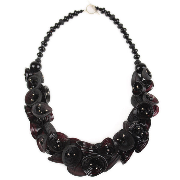 Demi pod necklace - black
