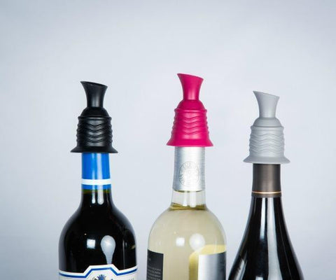 wine stopper pourer gift