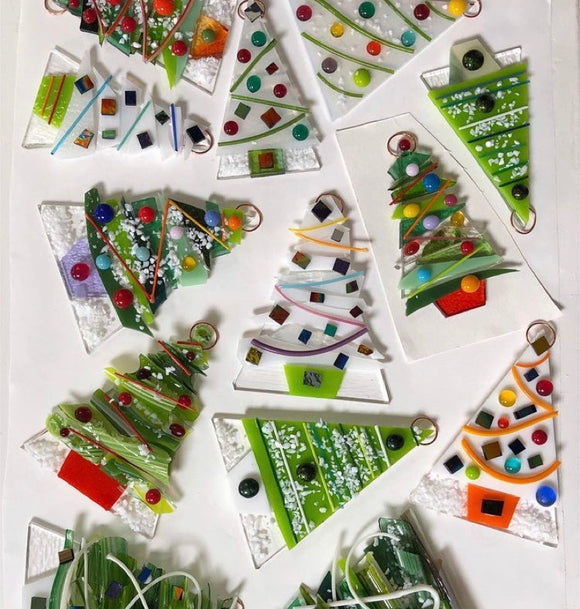 ZOOM- GLASS FUSED Christmas Decorations Wednesday 18th November 2020 7pm - 8.30pm