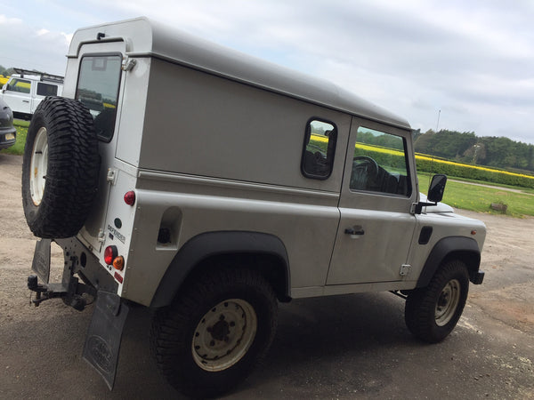 Land Rover Defender 90 Soft Top Conversion (Roll Cage & Hood) – Trek
