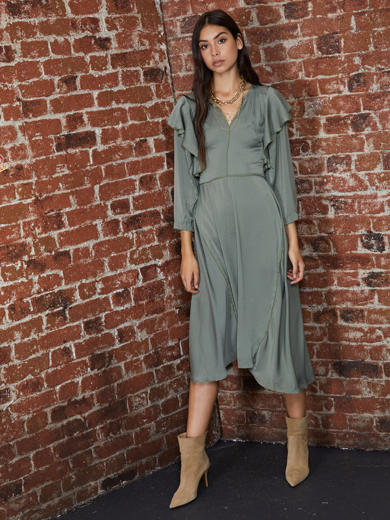 Overflow Shirring Midi Dress