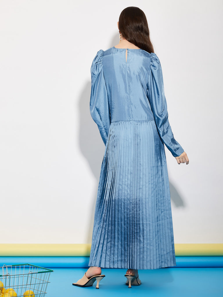 Store Demand Pleated Midi Dress