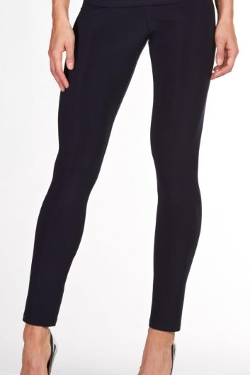 Frank Lyman Classic Legging Pant Style: 002 Color: Black Fabric: 95% Polyester; 5% Elasthane Knit Basic Collection MADE IN CANADA Women's Dersigner Clothing fashion boutique shopping pant legging black classic casual