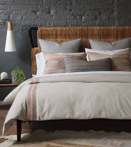 Niche Arya Collection NEW 2018 Global allure goes modern in this refined and worldly collection. Arya features a warm neutral duvet cover accented by a wide woven tape in blush tones unique Aztec-style shams add an ethnic element while maintaining the ensemble' s delicately muted color palette. A slate accent pillow brings an added touch of texture to this soothing collection