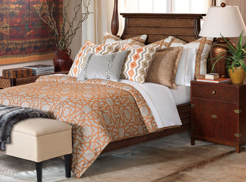 Channel the spirit of the safari with Ladera, striking in tangerine tones and globe-trotting motifs. Its animal print decorative pillows and trellised pattern bring a sense of texture to your décor, while its sunstruck palette pairs perfectly with bronze accents and lush greens.