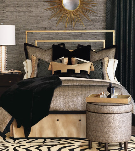 Make your grand entrance to the world of opulent Hollywood décor with Roxanne. This dramatic bedding collection shines in plush faux fur, handsome faux leather, and show-stealing sparkles. Add to Roxanne's decadent appeal with a glimmering shoe storage ottoman or a lustrous gold bed skirt.