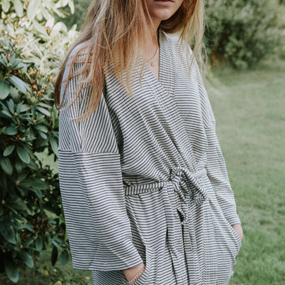 Konges Sløjd Kaya Mommy robe, Striped navy/nature - str. S-L