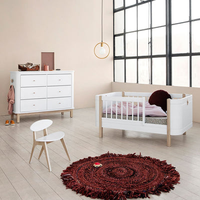 Oliver Furniture, Wood Mini+ Basic sprinkelseng - hvit/eik