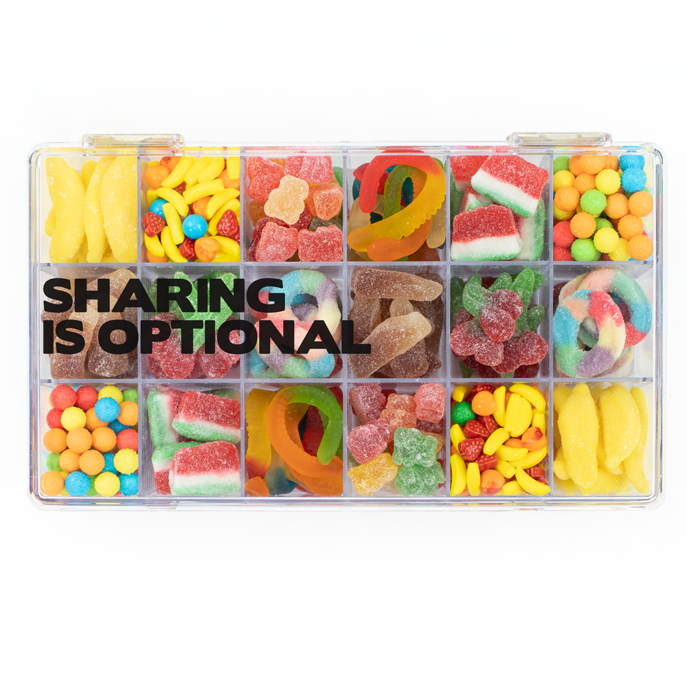 18 Piece Snackle Box