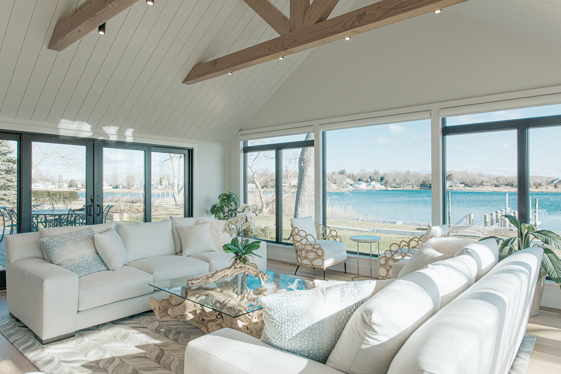 Ocean Blu Designs - Modern Coastal and Transitional Designs for New York, Long Island, Connecticut, Hamptons, and Florida. Interior Designers