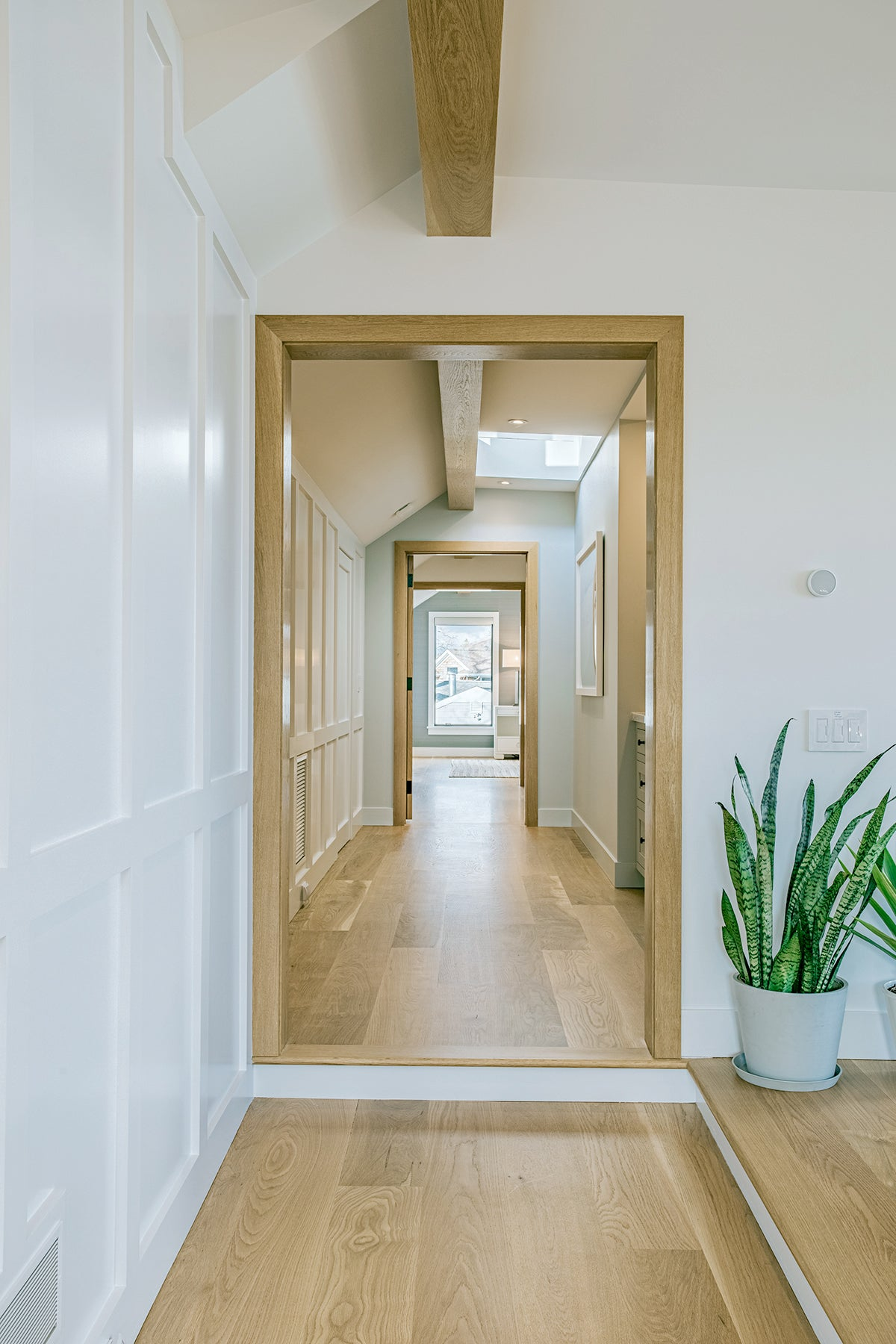 Ocean Blu Designs - Hallway - Modern Coastal and Transitional Designs for New York, Long Island, Connecticut, Hamptons, and Florida. Interior Designers