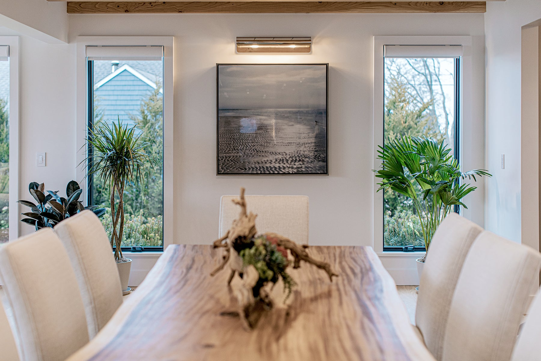 Ocean Blu Designs - Dining Room - Modern Coastal and Transitional Designs for New York, Long Island, Connecticut, Hamptons, and Florida. Interior Designers