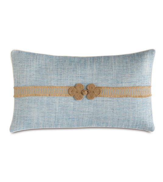 Nautical Pillows - found them on www.oceanbludesigns.com