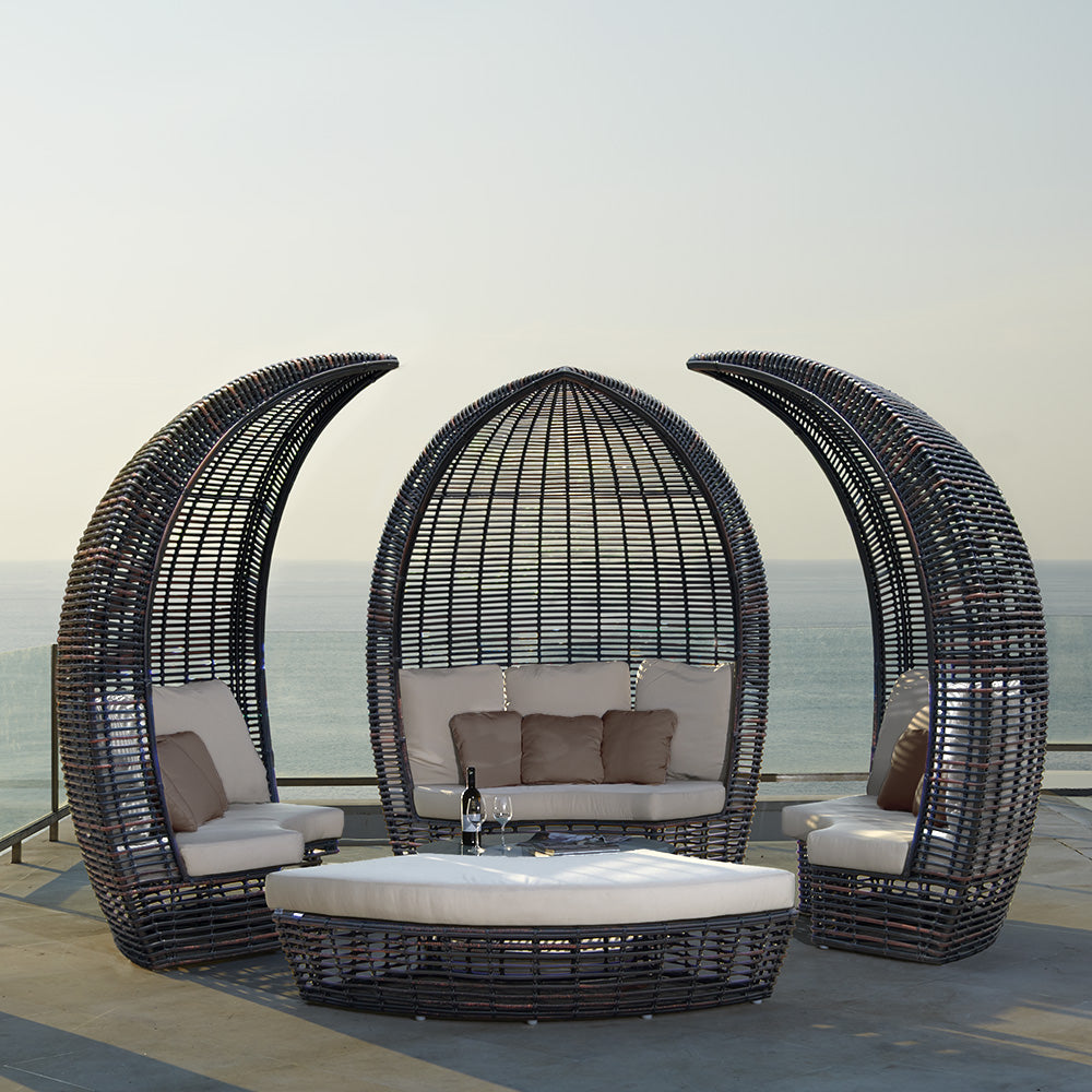 Luxury Patio Beach Coastal Outdoor Pool Furniture Basket Wicker Long Island, Hamptons, New York, Palm Beach, San Diego, Miami