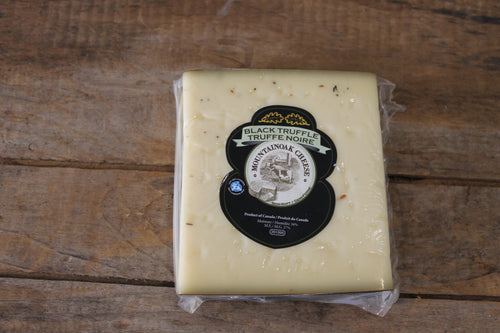 Mountain Oak - Black Truffle Gouda