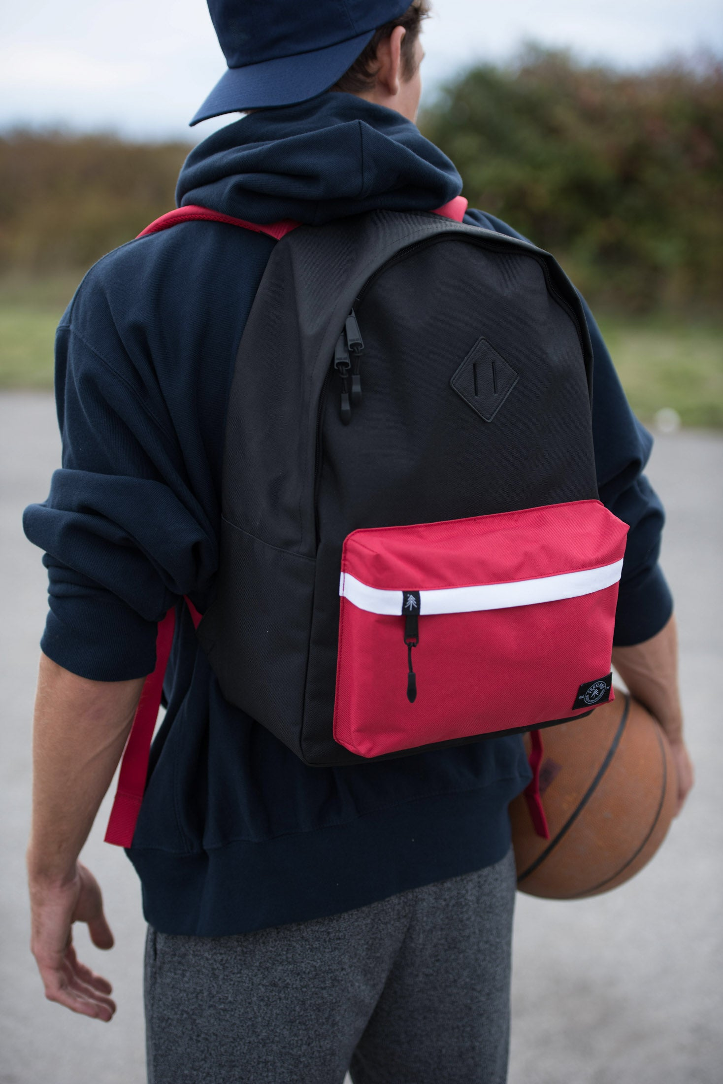 Parkland Meadow Backpack Deep Dish