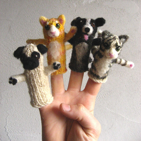 Cats & Dogs Finger Puppet Kit