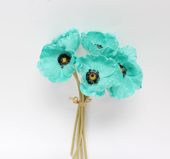 Real touch Poppy Boutonniere - Angel Isabella