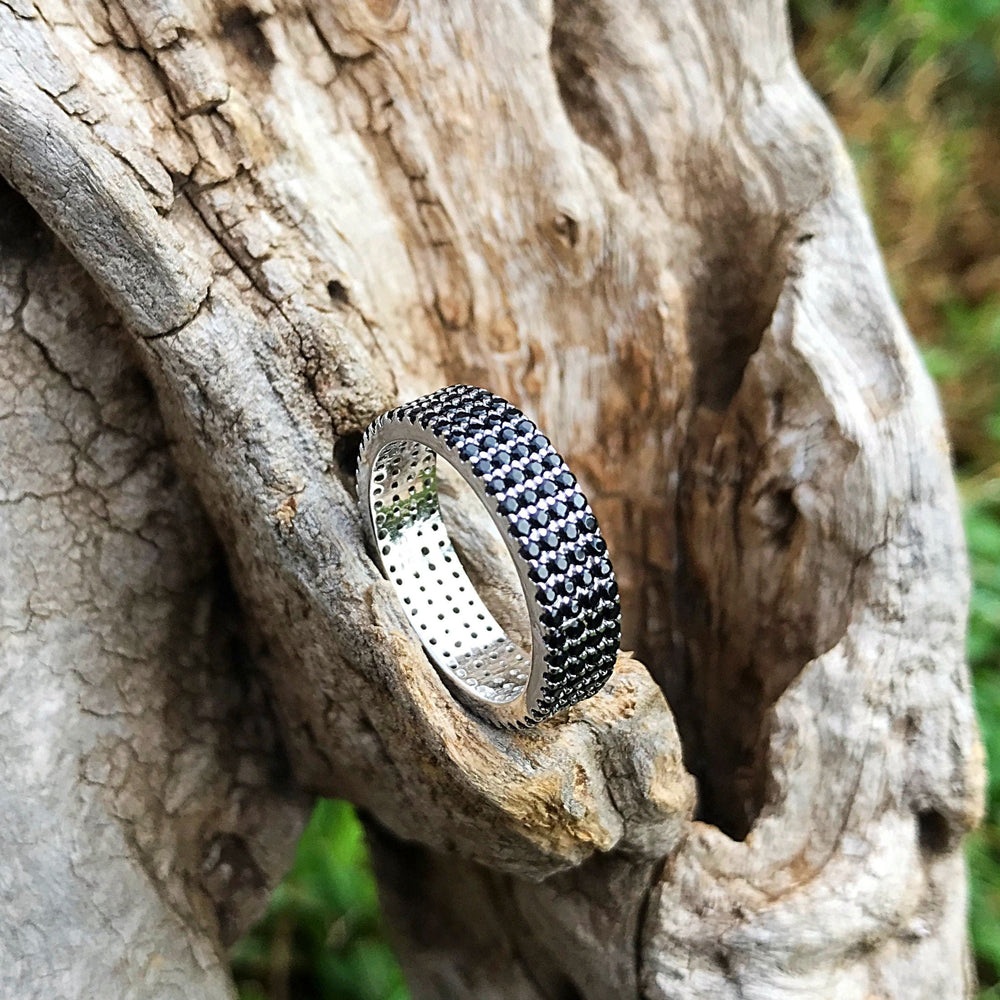 Sterling Silver Black Spinel wedding band Ring 7.5