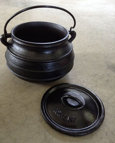Flat Bottom Potjie Plats - Cast Iron Bean Pot Flat Bottom Dutch Oven 2 Quart Potjie Plat