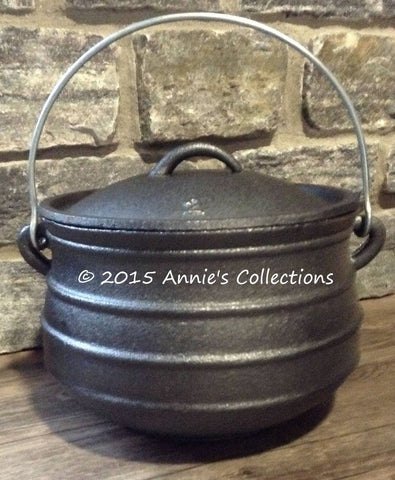 Flat Bottom Potjie Plats - Cast Iron Potjie Flat Bottom #2 Bean Pot Dutch Oven