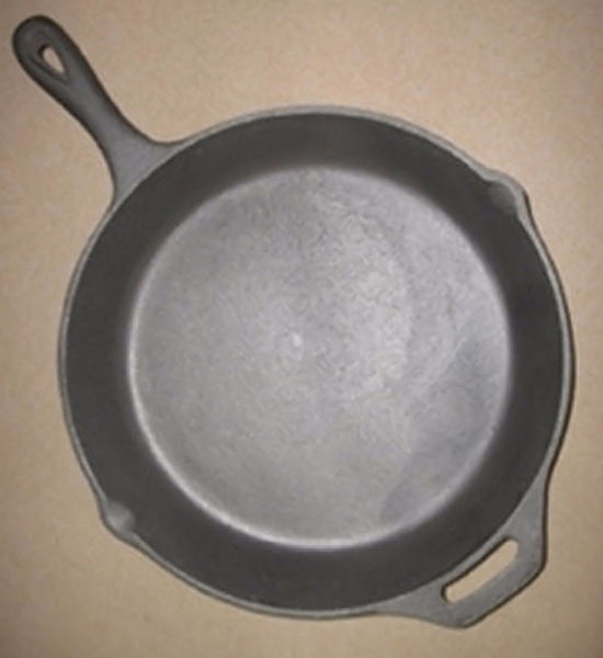 Kitchen Iron - Cast Iron Skillet Extra Large Family Size Kitchen Camping Outdoor