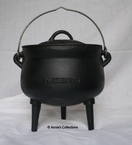 Potjie Pots - Gypsy Style Bean Pot Size 1 Pure Cast Iron 3 Quart Bean Pot