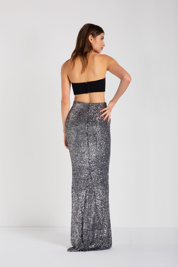 Full-length, fitted, high-waisted skirt with elasticized waistband, godet (mermaid) detail. Custom made in a raindrop stretch sequin fabric.