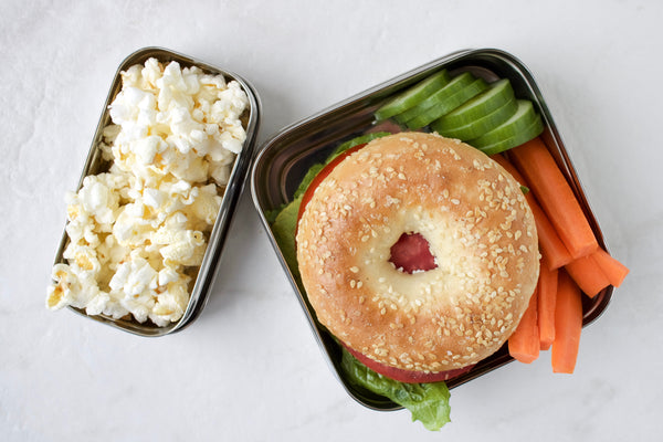 Bagel and veggies lunch