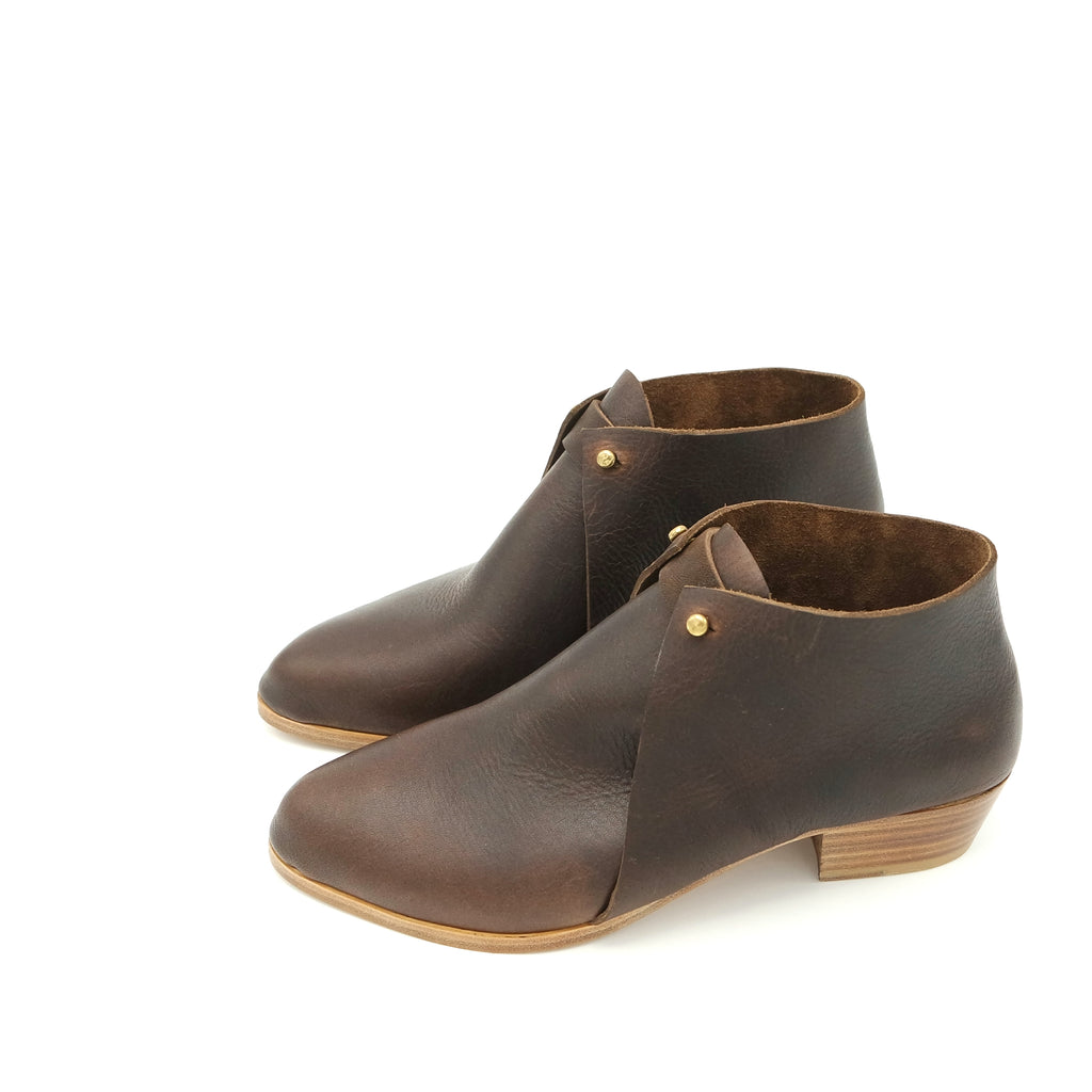 The Meghan. Raider Dark Brown. 3cm