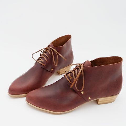 The Jenny. Sienna with Brown Laces. 3cm.