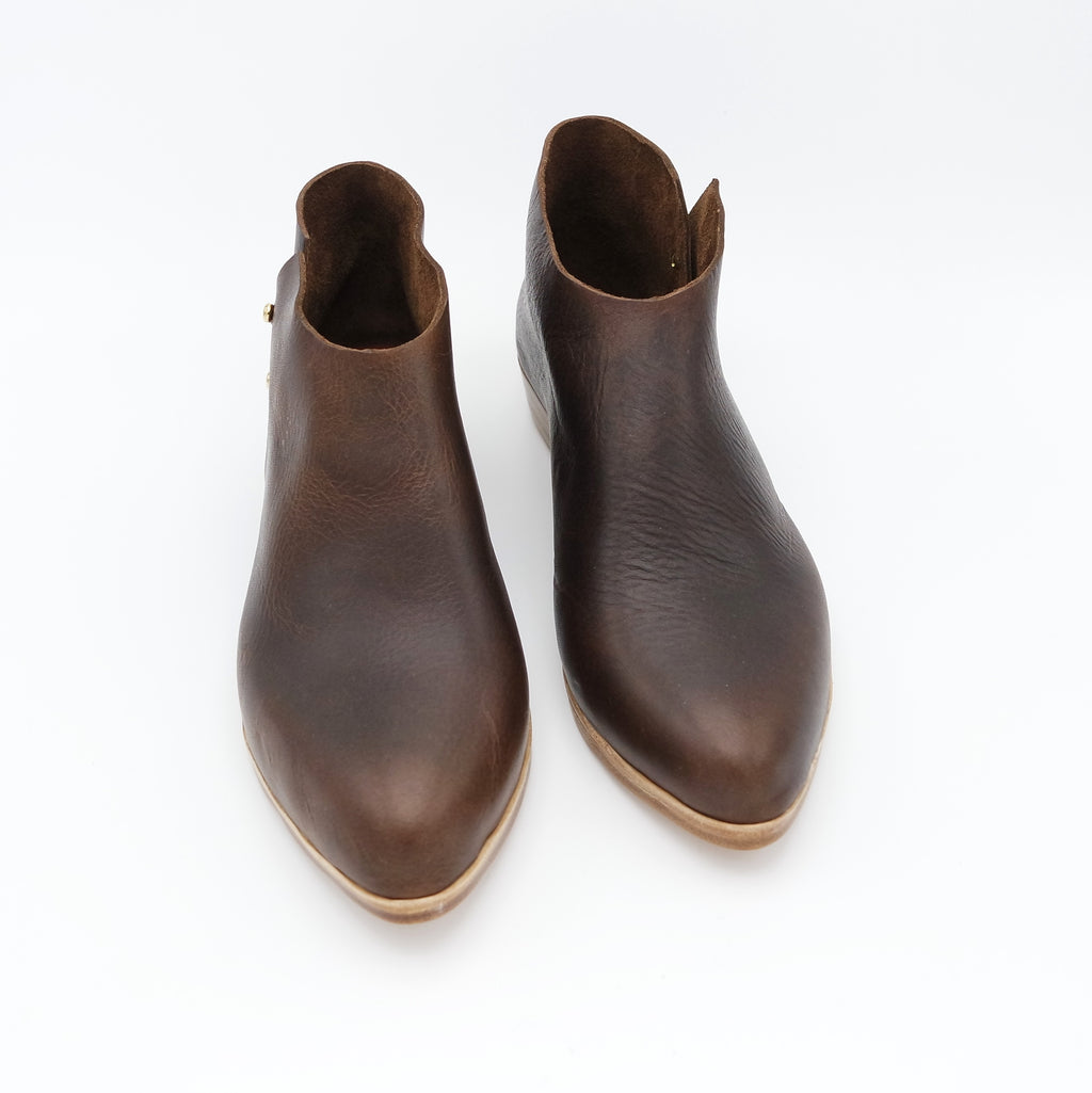 READY MADE: SIZE 38 WIDE. The Karina. Raider Dark Brown. 2cm