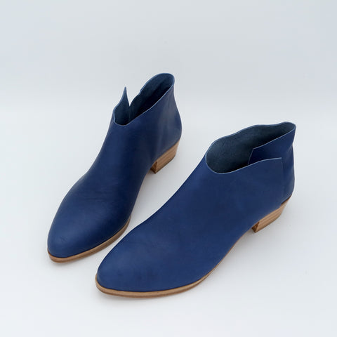 PREORDER:  The Terilyn. Troncato Navy. 3cm.