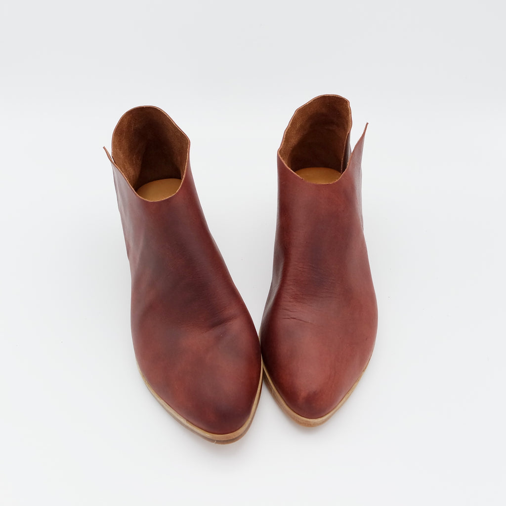 STOCK SALE: SIZE 39. The Terilyn. Sienna. 3CM